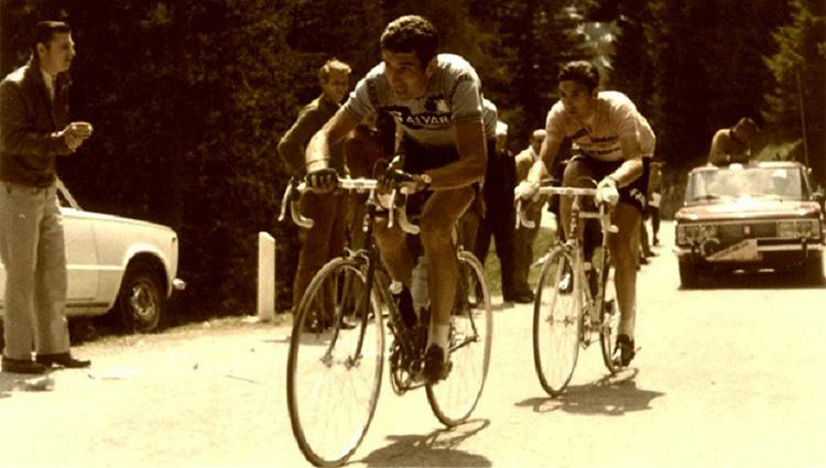 La prima battaglia del Giro Rosa tra Felice Gimondi e Eddy Merckx nel 1969