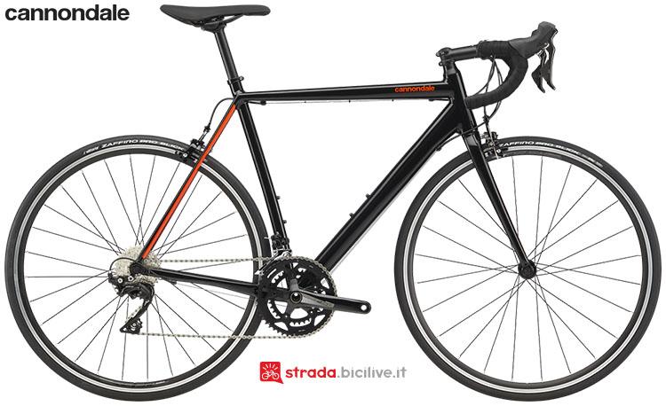 La bici Cannondale CAAD Optimo 105 2020