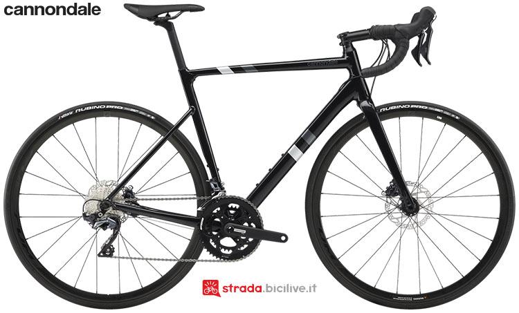 La bici Cannondale CAAD13 Disc Ultegra 2020