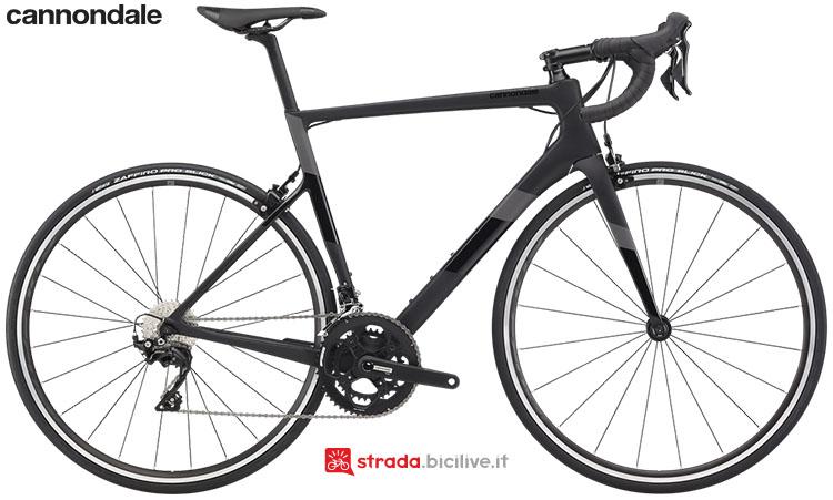La bici Cannondale SuperSix EVO Carbon 105 2020