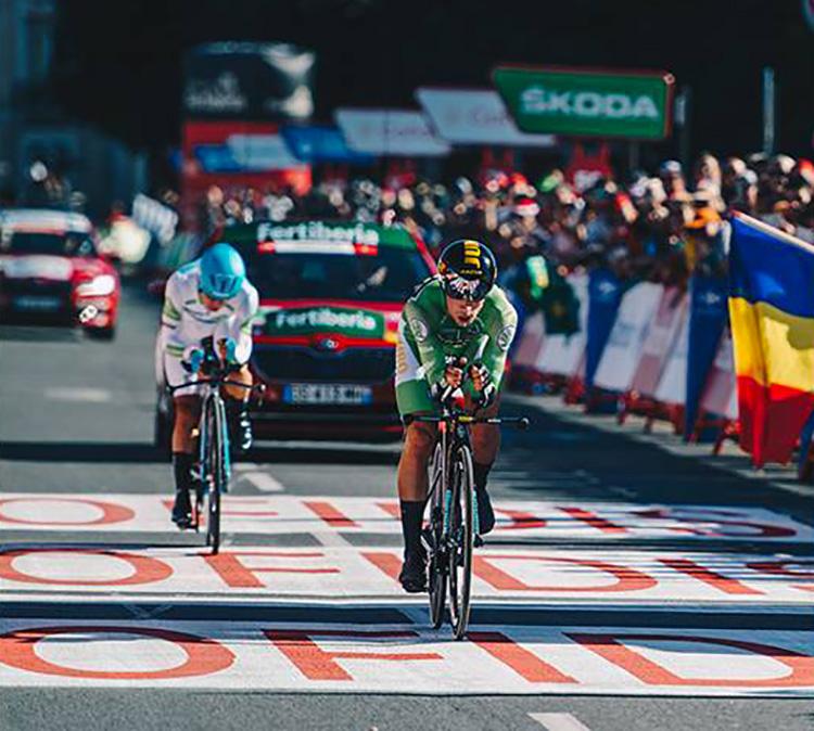 Primoz Roglic vince la tappa 10 della Vuelta 2019