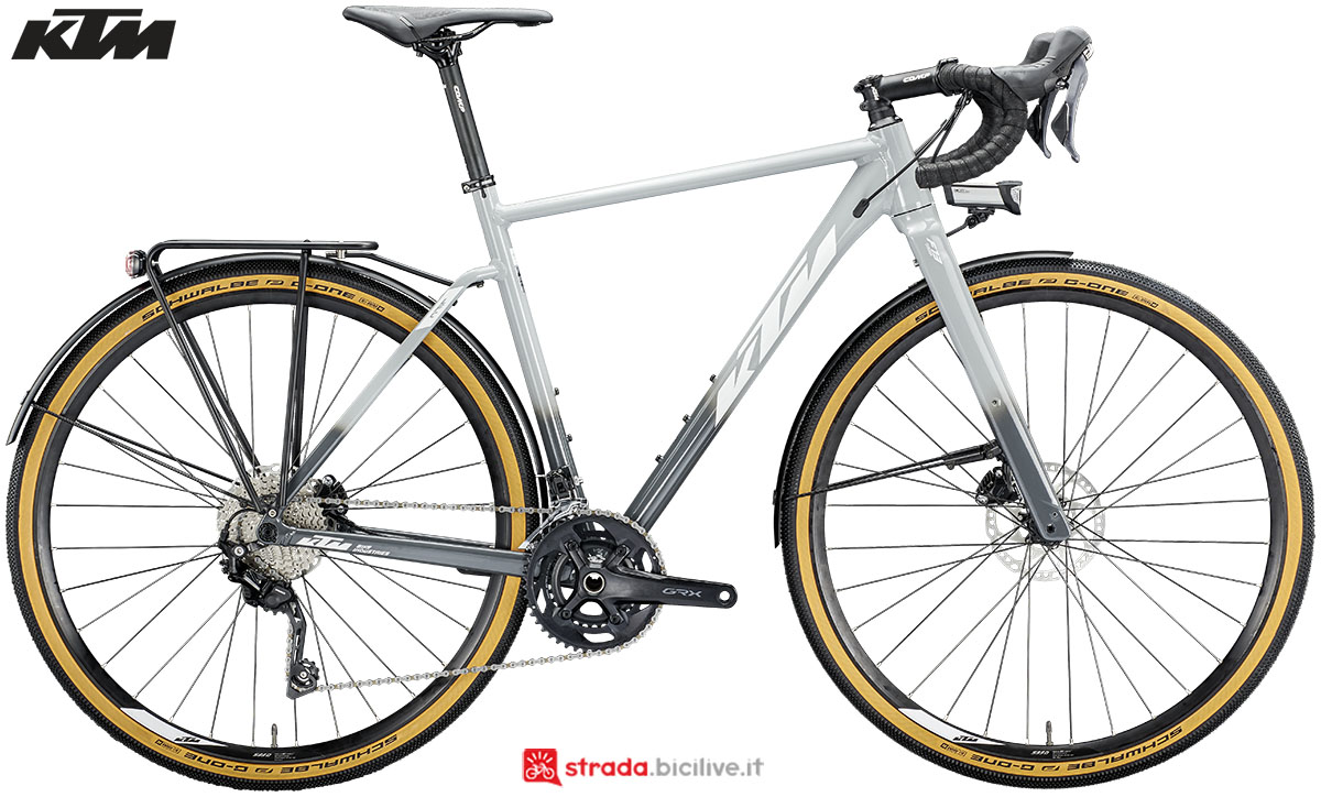 La bici KTM X-Strada LFC 2020