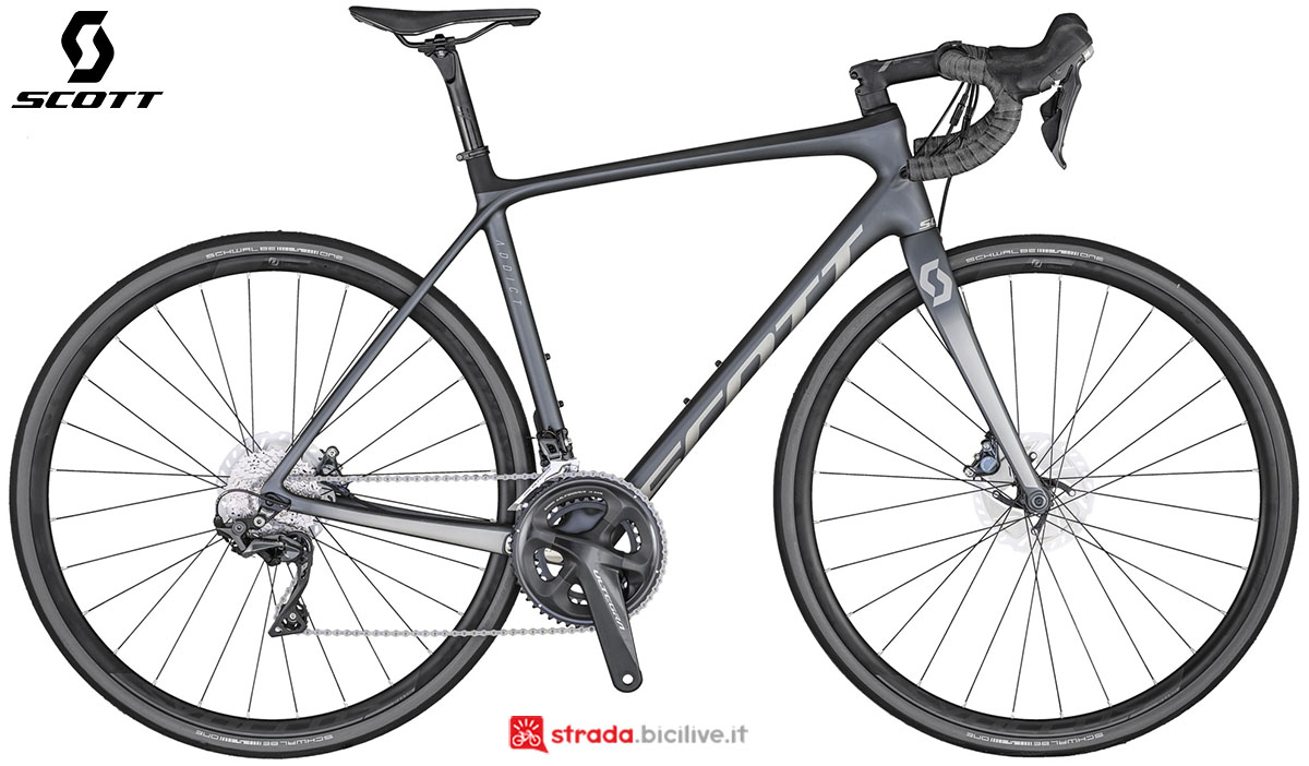 La bici Scott Addict Disc 10 2020
