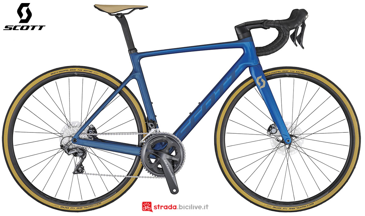 La bici Scott Addict RC 30 2020