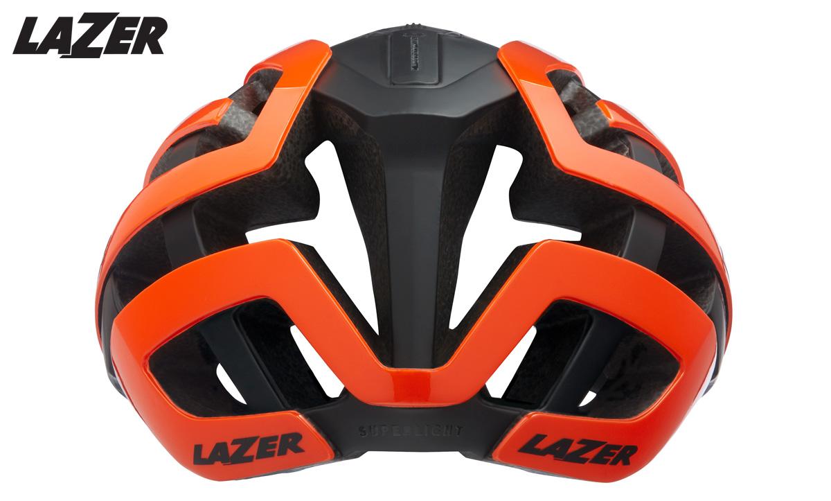 Il casco ciclismo Lazer Genesis visto da dietro