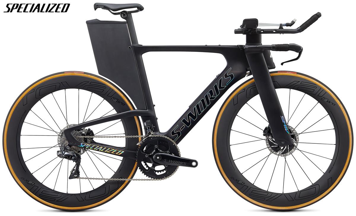 Una bici da crono e triathlon Specialized S-Works Shiv Disc con trasmissione Shimano Dura-Ace Di2