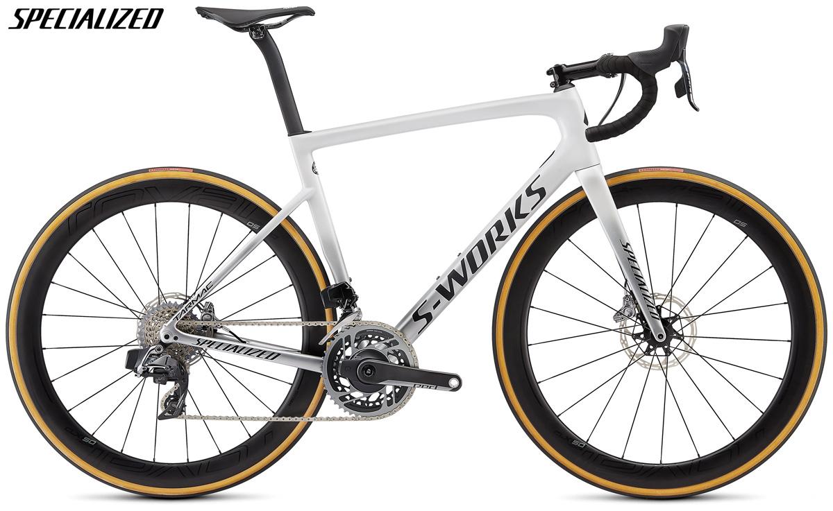 Una bicicletta da corsa Specialized S-Works Tarmac Disc con trasmissione SRAM Red eTap AXS