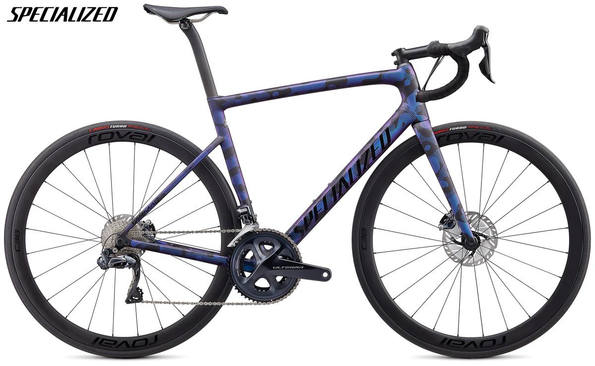 Una bicicletta Specialized Tarmac Disc Expert con cambio Shimano Ultegra