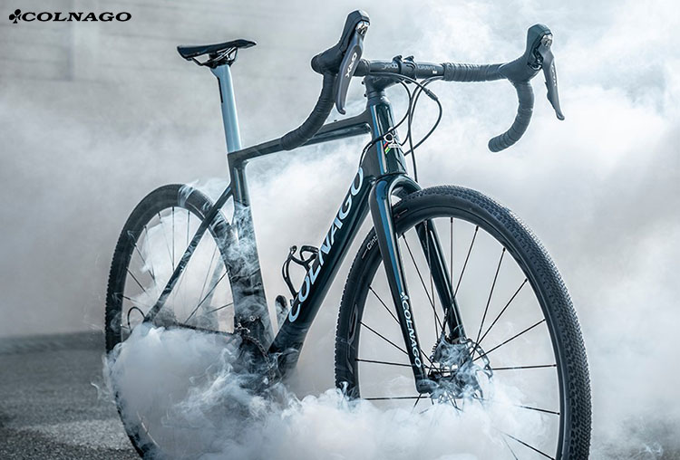 La bici Colnago G3x in azione