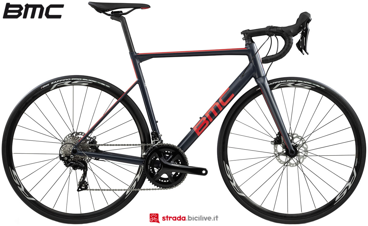 Una bici BMC Teammachine ALR Disc Two 2020