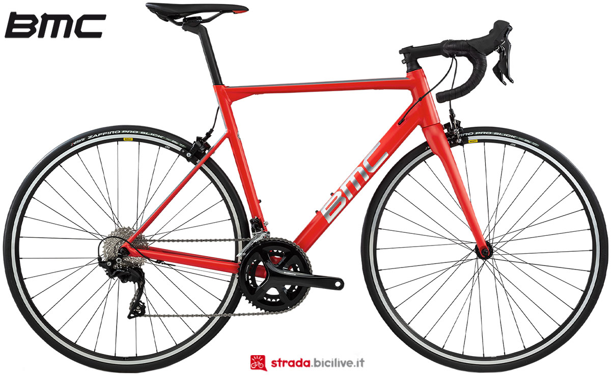 Una bici BMC Teammachine ALR One 2020
