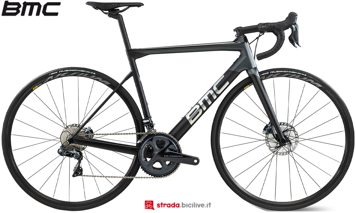 Una bici BMC Teammachine SLR02 Disc Two 2020