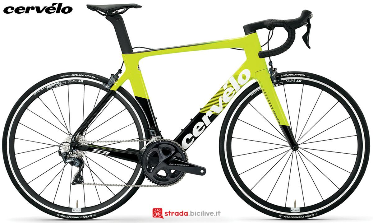 Una bici Cervélo S3 2020 con gruppo trasmissione Shimano Ultegra