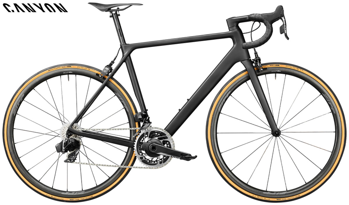Una bici Canyon Ultimate CF Evo 10.0 SL 2020