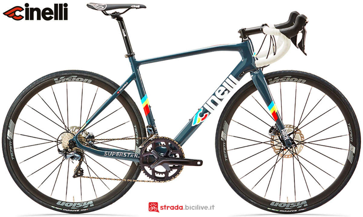 Una bici Cinelli Superstar Disc 2020