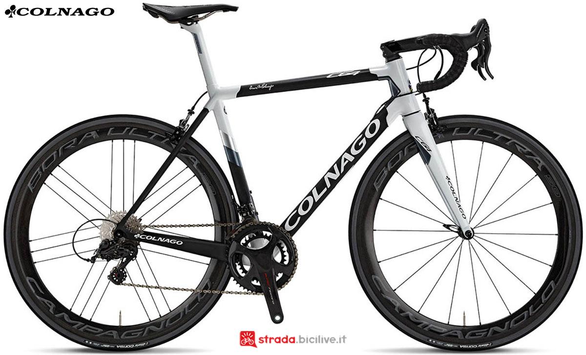 Una bici Colnago C64 2020