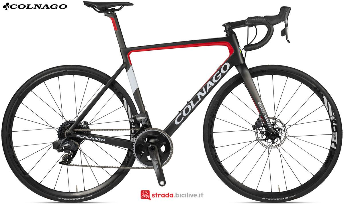 Una bici Colnago V3 Disc 2020