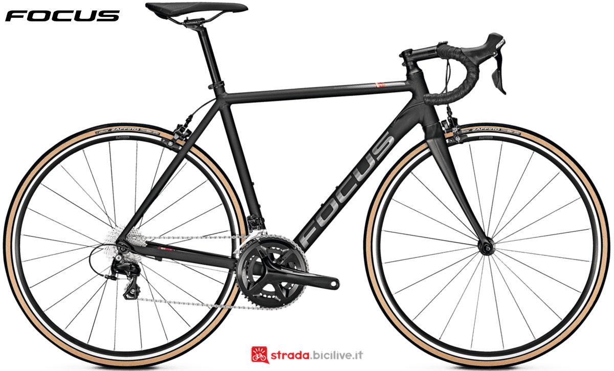 Una bici Focus Izalco Race 6.9 2020