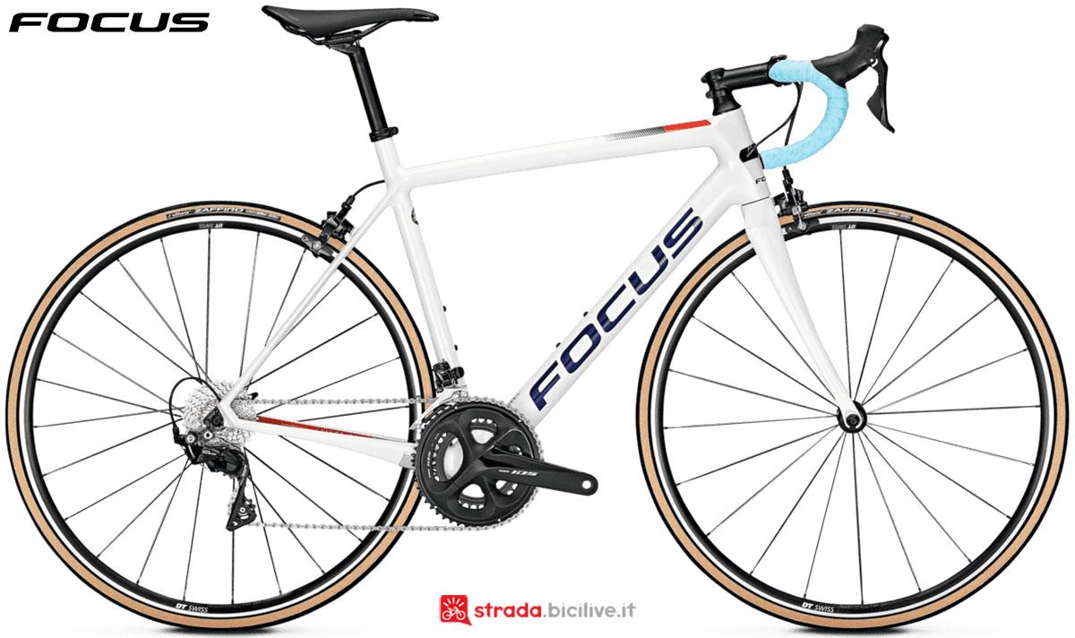 Una bici Focus Izalco Race 9.7 2020