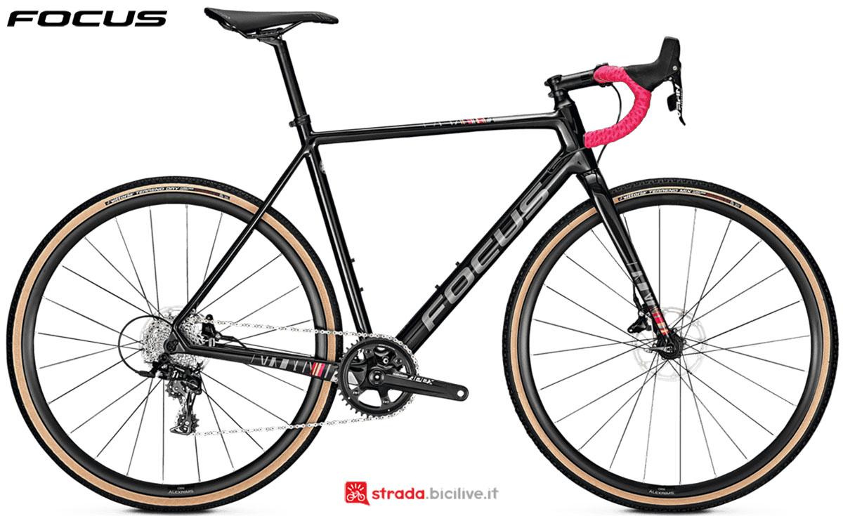 Una bici Focus Mares 9.7 Disc 2020