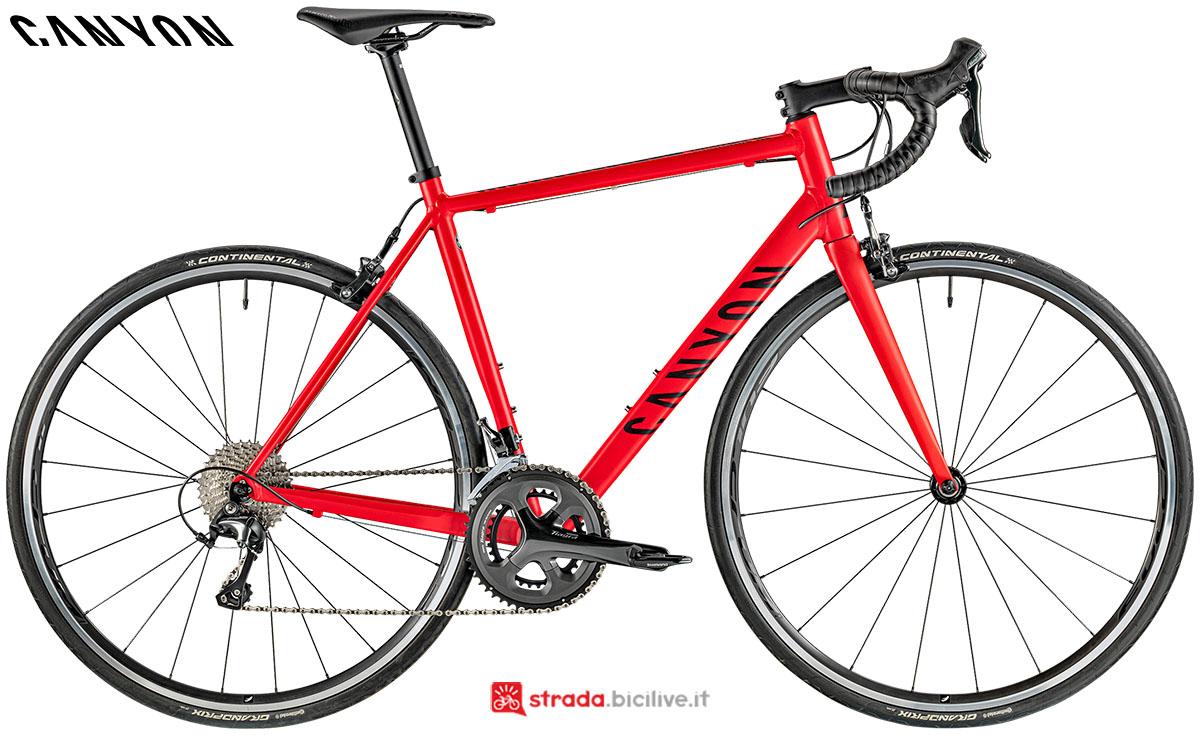 Una bici Canyon Endurance AL 6.0 2020