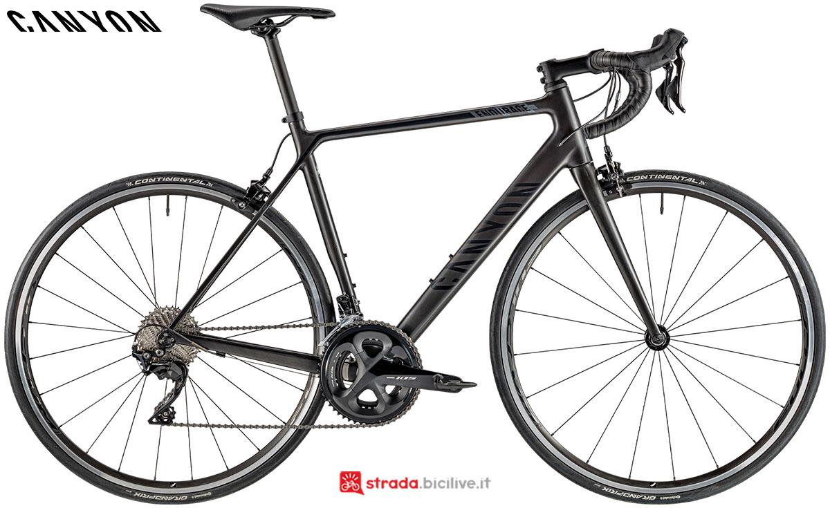 Una bici Canyon Endurance CF 7.0 2020