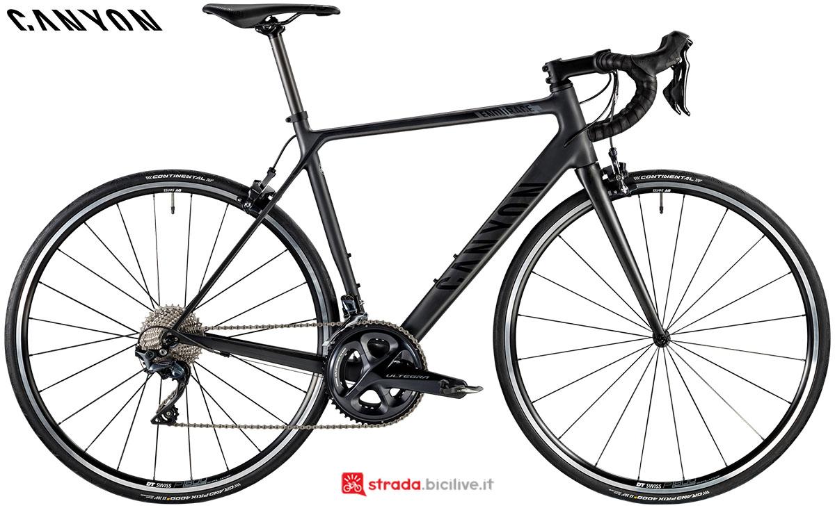 Una bici Canyon Endurance CF 8.0 2020