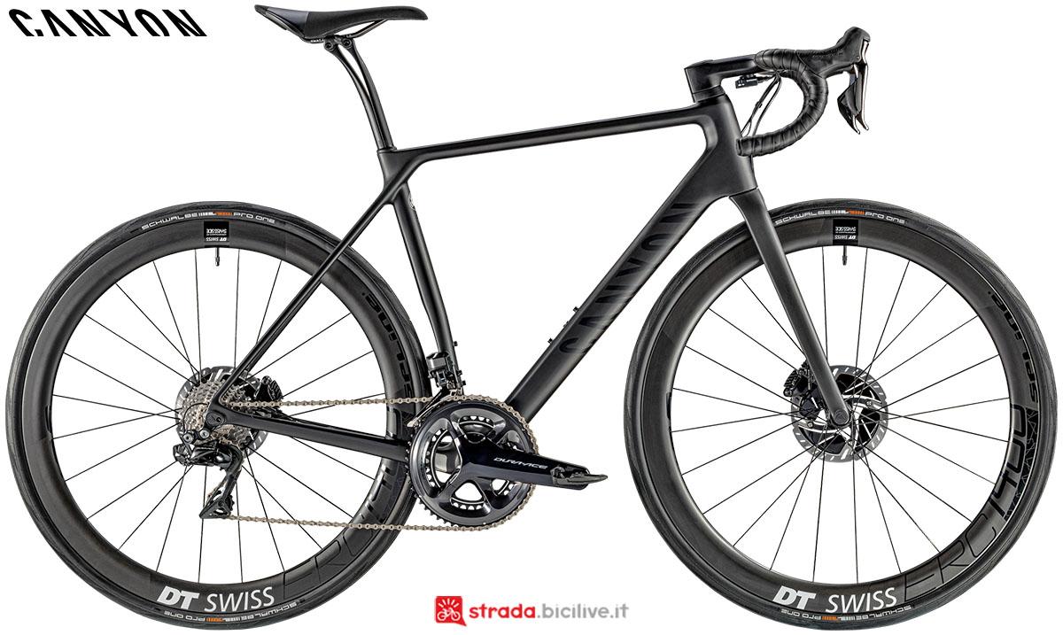 Una bici Canyon Endurance CF SLX Disc 9.0 Di2 2020
