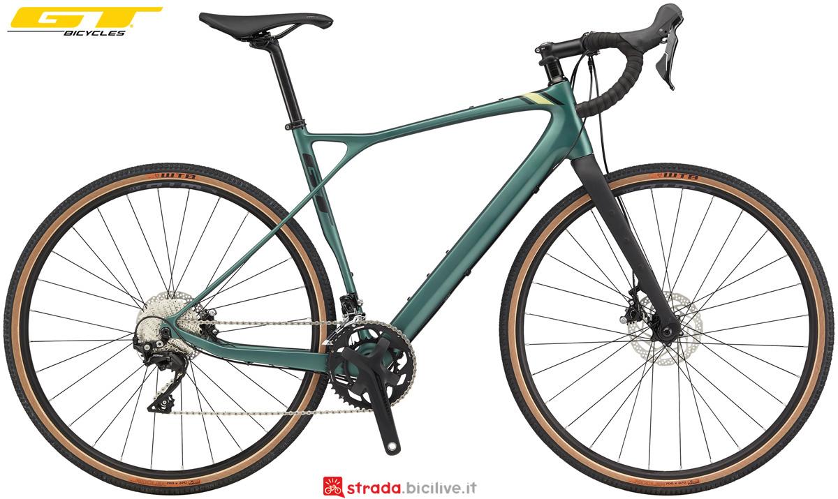 Una bici gravel GT Grade Carbon Expert 2020