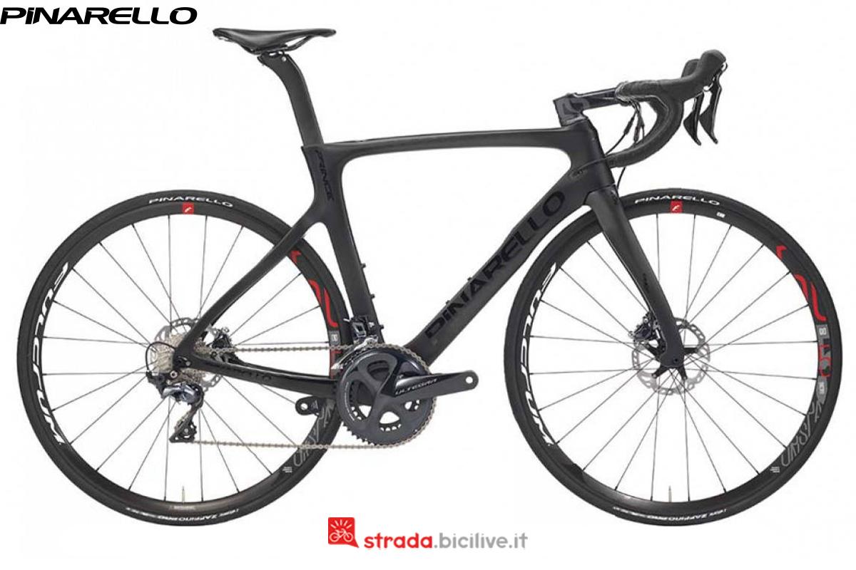 Bicicletta Pinarello Prince Disk dalla gamma 2020
