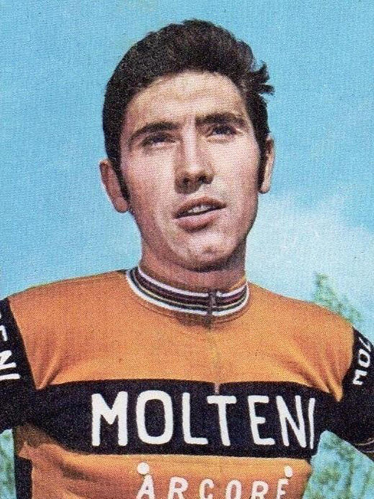 Primo piano dello storico campione del Giro Eddy Merckx