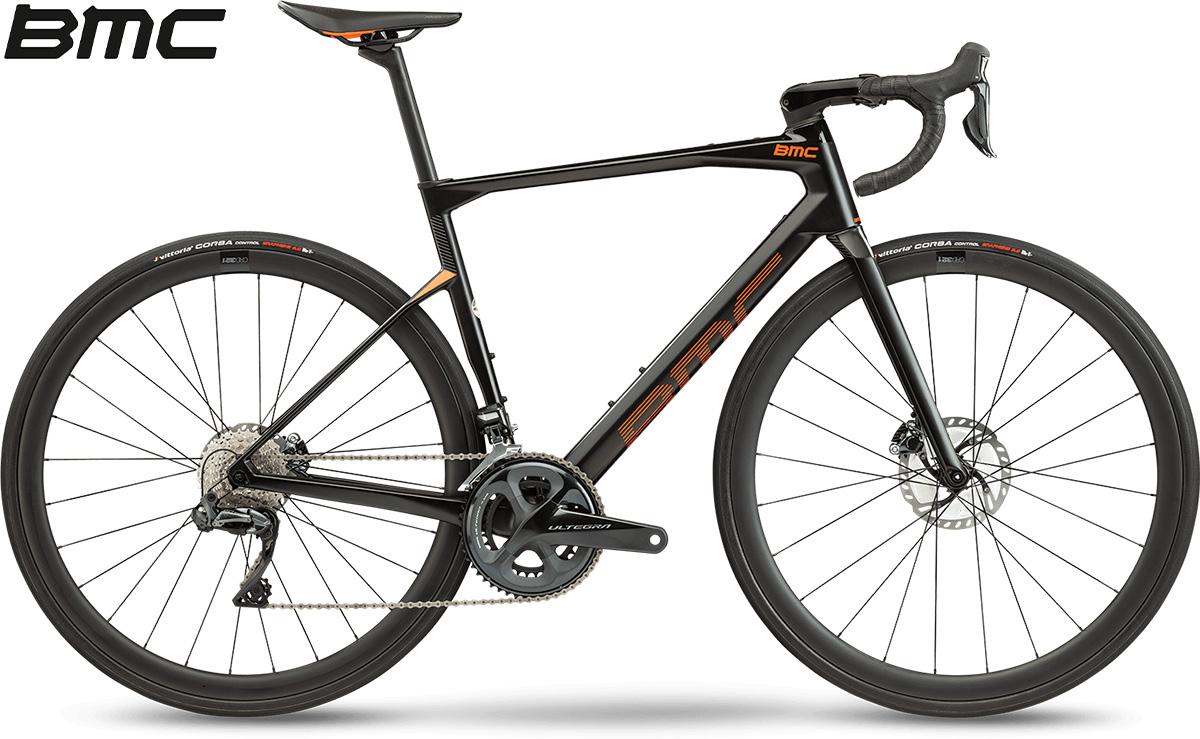 La nuova bici da strada 2021 BMC Roadmachine 01 Four con cambio Shimano Ultegra Di2