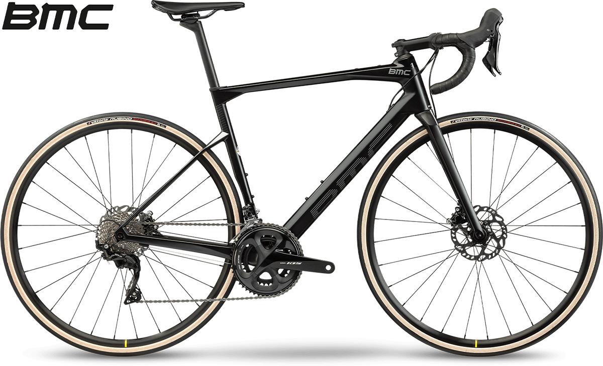 La nuova bici da corsa 2021 BMC Roadmachine Four con cambio Shimano 105