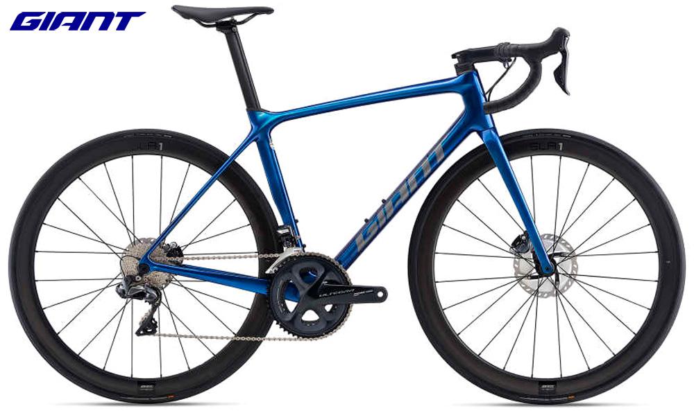 Una bici da strada Giant TCR Advanced PRO 0 Disc gamma 2021