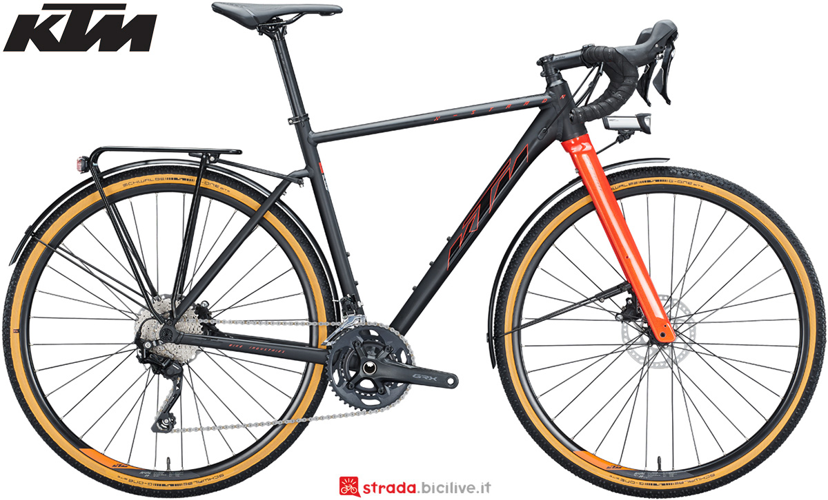La nuova bici da gravel 2021 KTM X-Strada LFC con il gruppo Shimano GRX