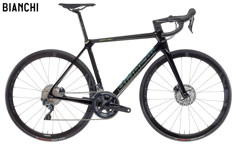 Una bici da corsa Bianchi Specialissima Disc Ultegra 2021