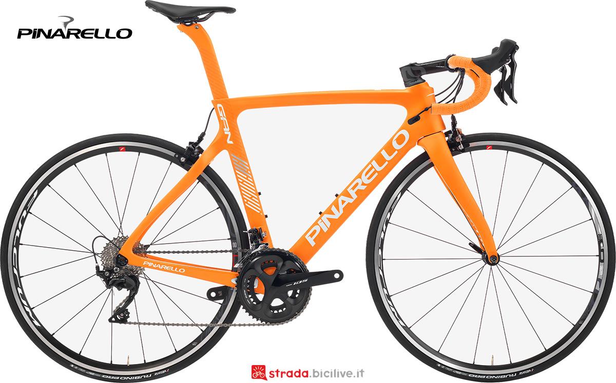 La nuova bici da strada Pinarello Gan 2021