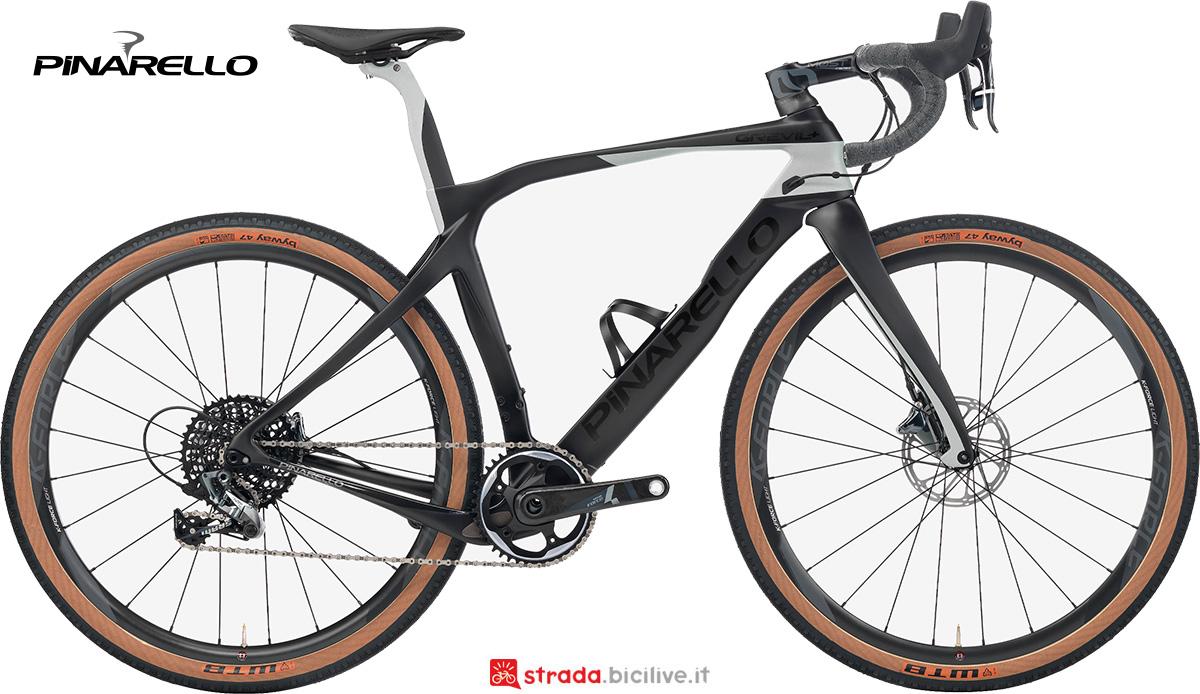 La nuova bici da gravel Pinarello Grevil+ 2021