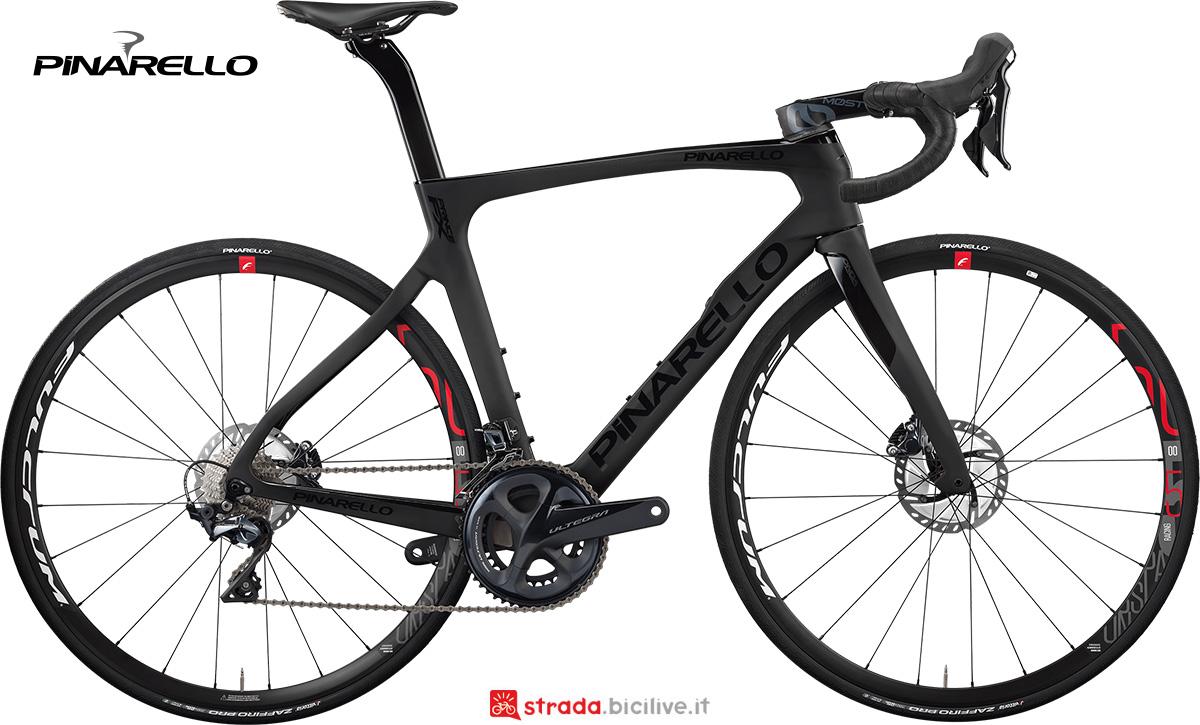 La nuova bici da strada Pinarello Prince FX Disk 2021
