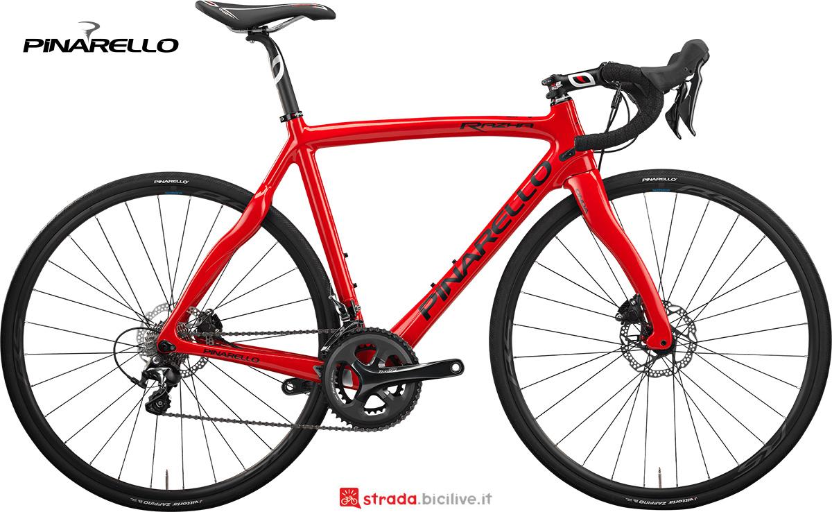 La nuova bici da strada Pinarello Razha 2021