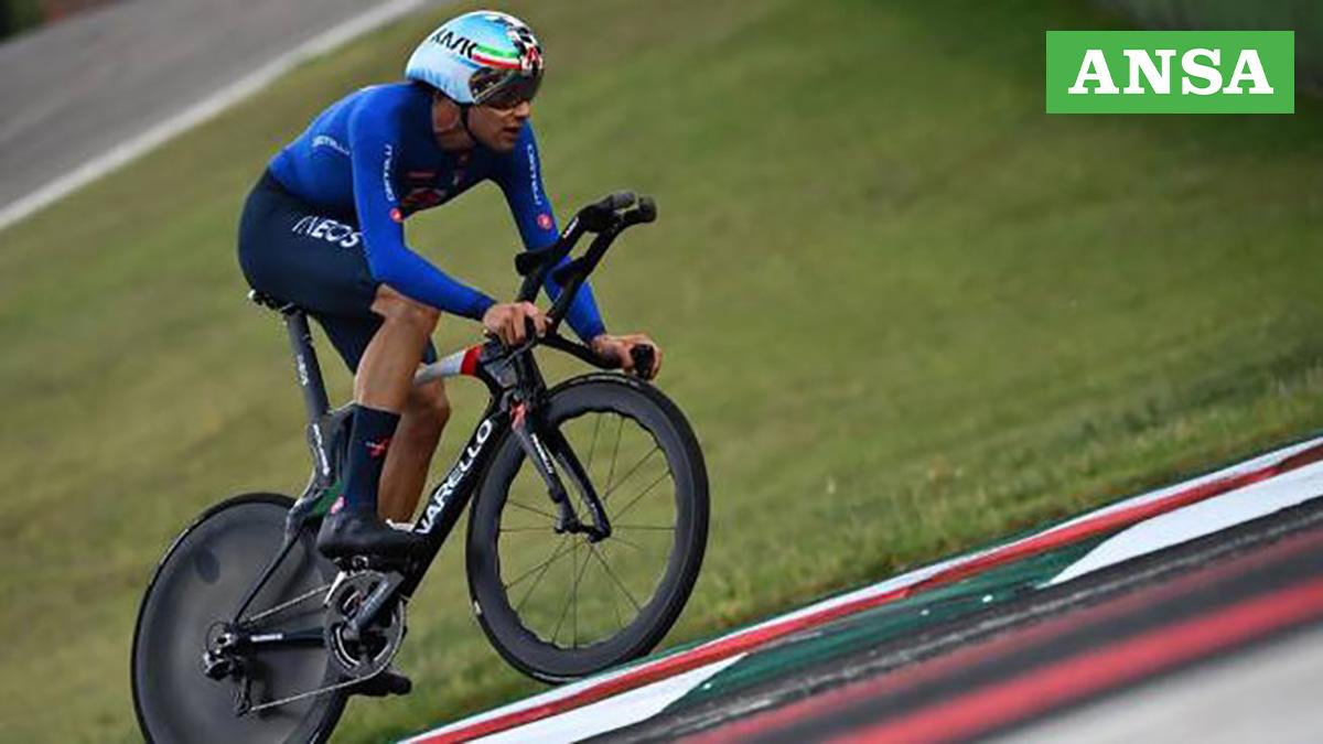 Filippo Sanna vincitore dei Mondiali di Ciclismo di Imola 2020 con la ruota anteriore Princeton Wave 6560