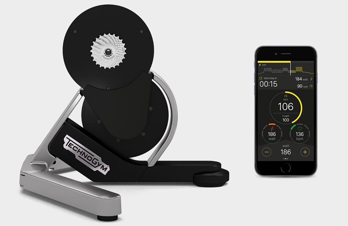 Postazione per allenamento ciclistico indoor technogym mycycling