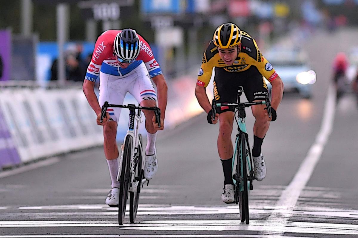 Mathieu van der Poel batte al photofinish Wout van Aert al Giro delle Fiandre 2020