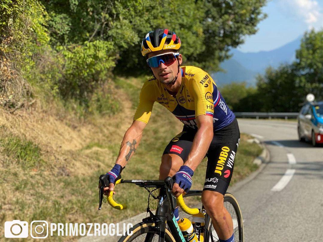 Primož Roglič durante una tappa del Tour de France 2020