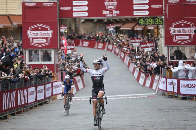 Fabian Cancellara di nuovo vincitore dell'Eroica nel 2016