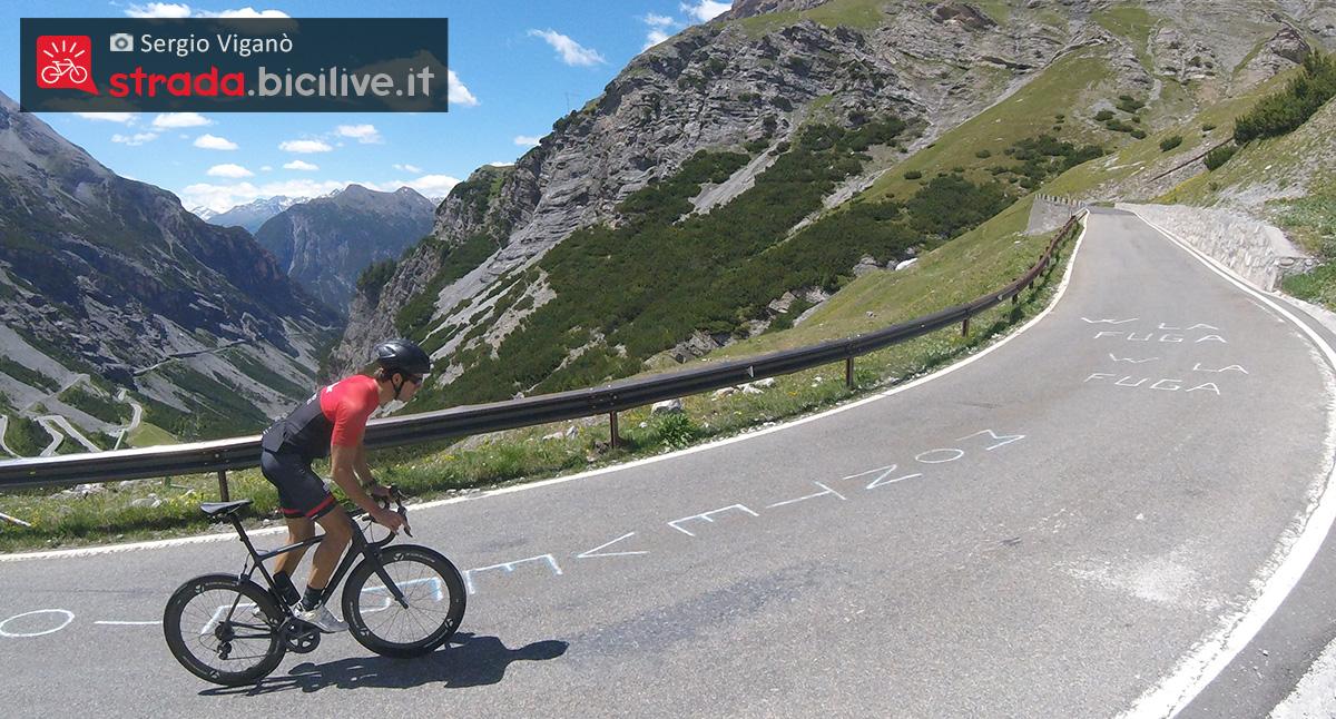 Sergio Viganò durante un allenamento SFR sulla bici da corsa
