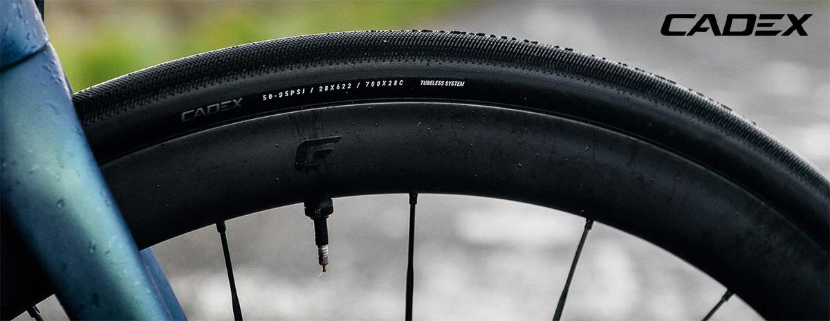 Il nuovo copertone per bici da corsa Cadex Classics Tubeless