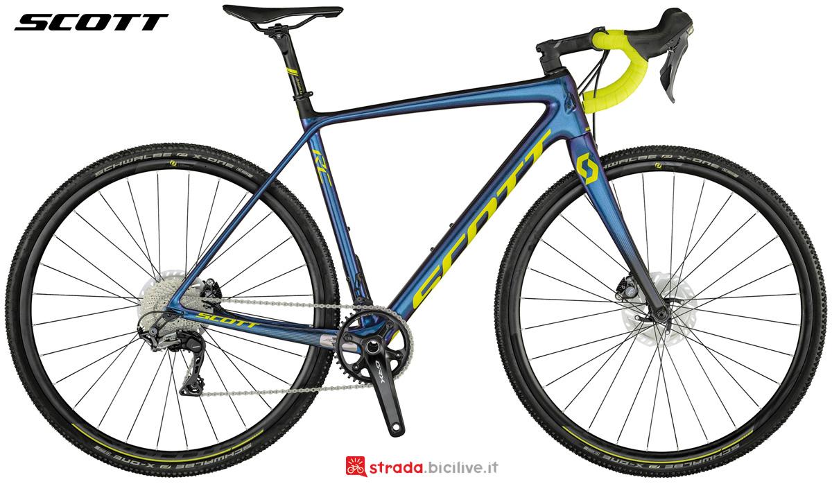 Una bicicletta da ciclocross Scott Addict CX RC collezione 2021