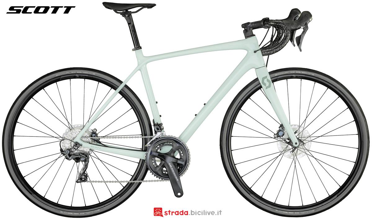 Una bici da corsa da donna Scott Contessa Addict 15 Disc gamma 2021