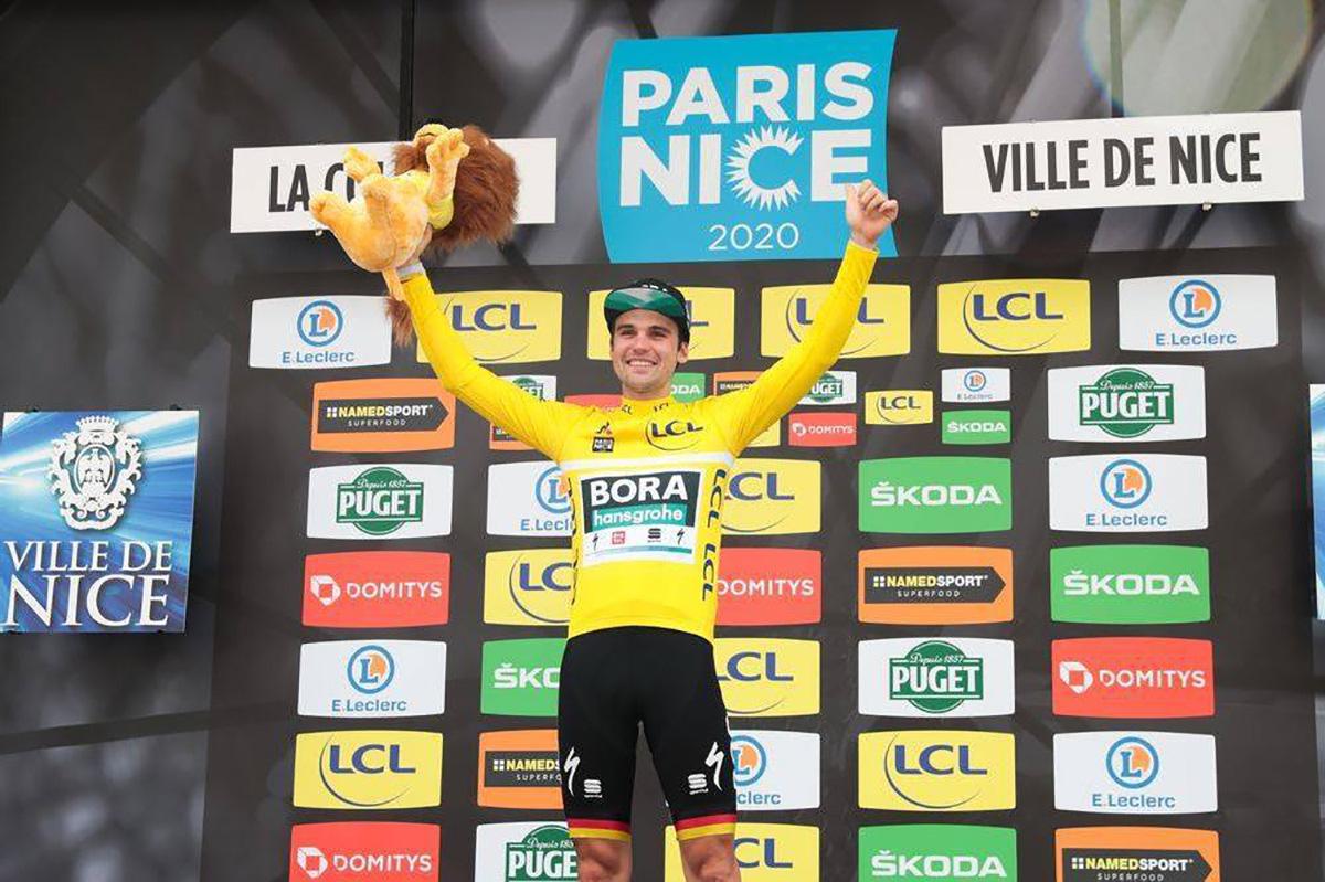 Maximilian Schachmann sul podio della Parigi-Nizza 2020